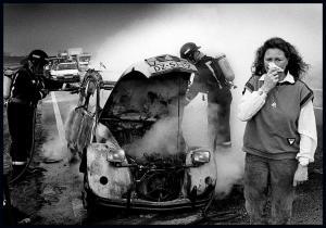Tranen om uitgebrande eend, 3e prijs Zilveren Camera 1991